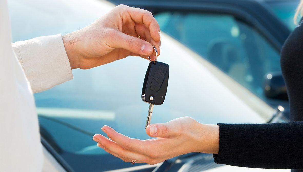 Достоинства и недостатки проката авто на длительный срок